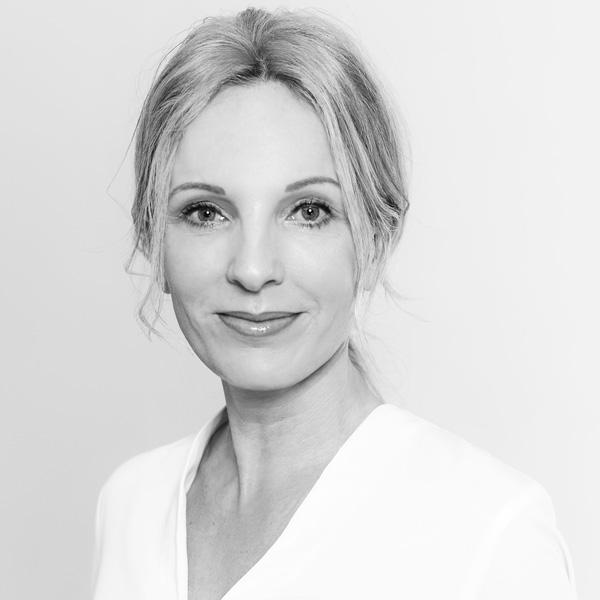 Portrait Nell Stappen
